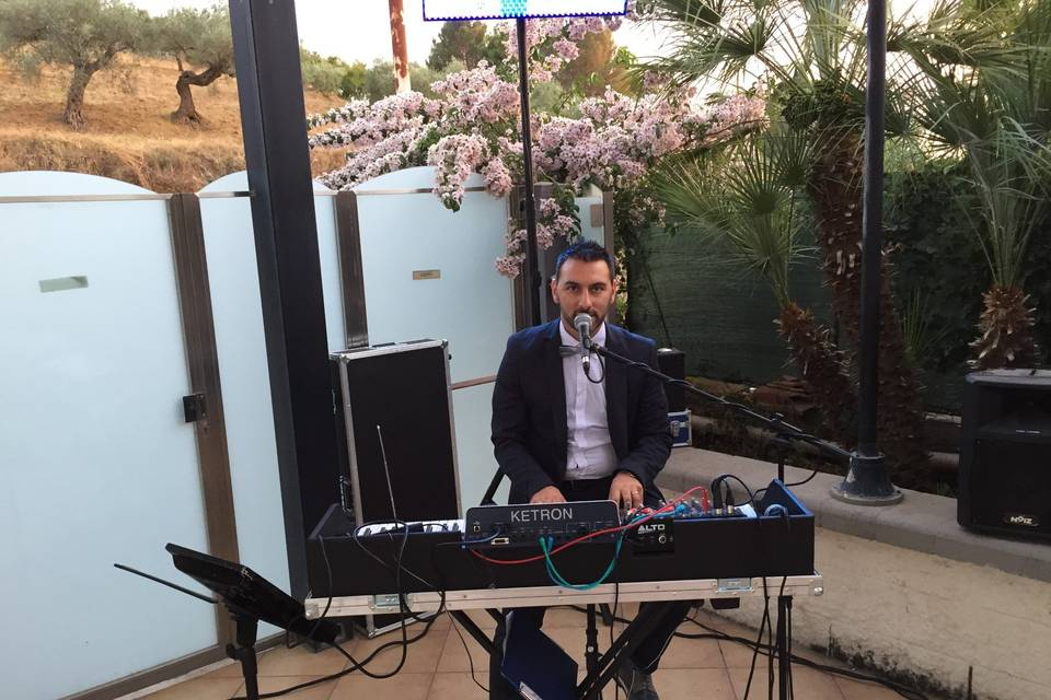 Luigi Tasca - Musica Intrattenimento