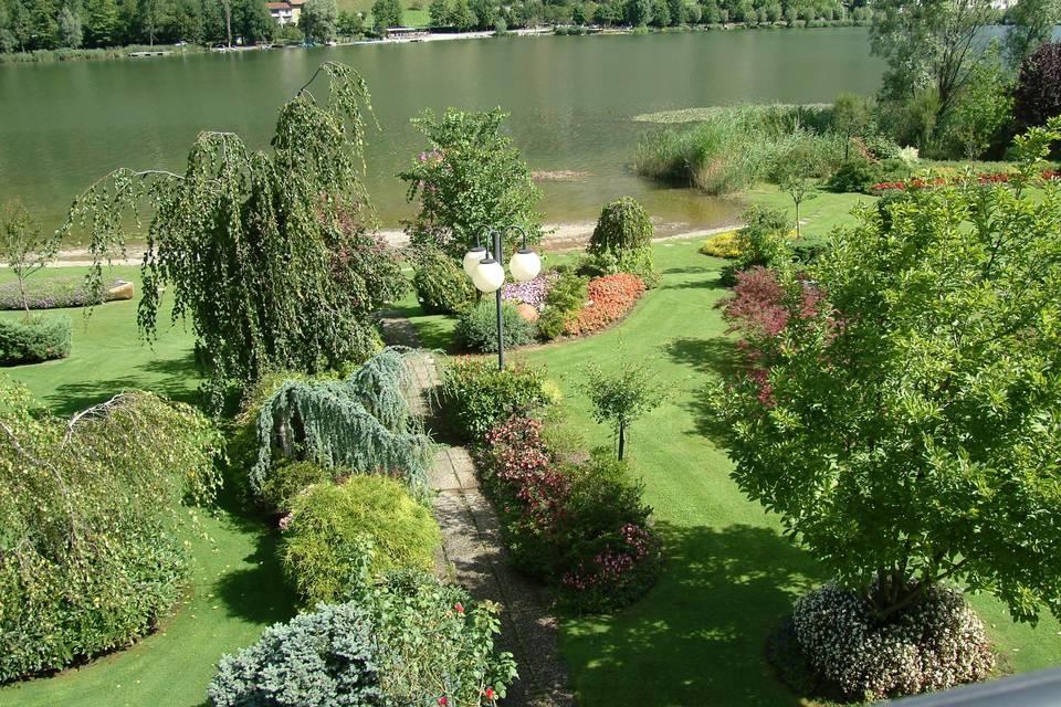 Parco sul lago