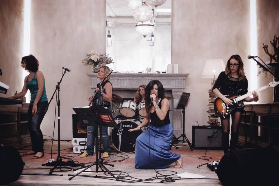 Le Paillettes Girl Band