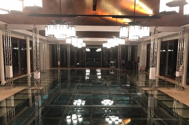 Pavimentazione in vetro piscina