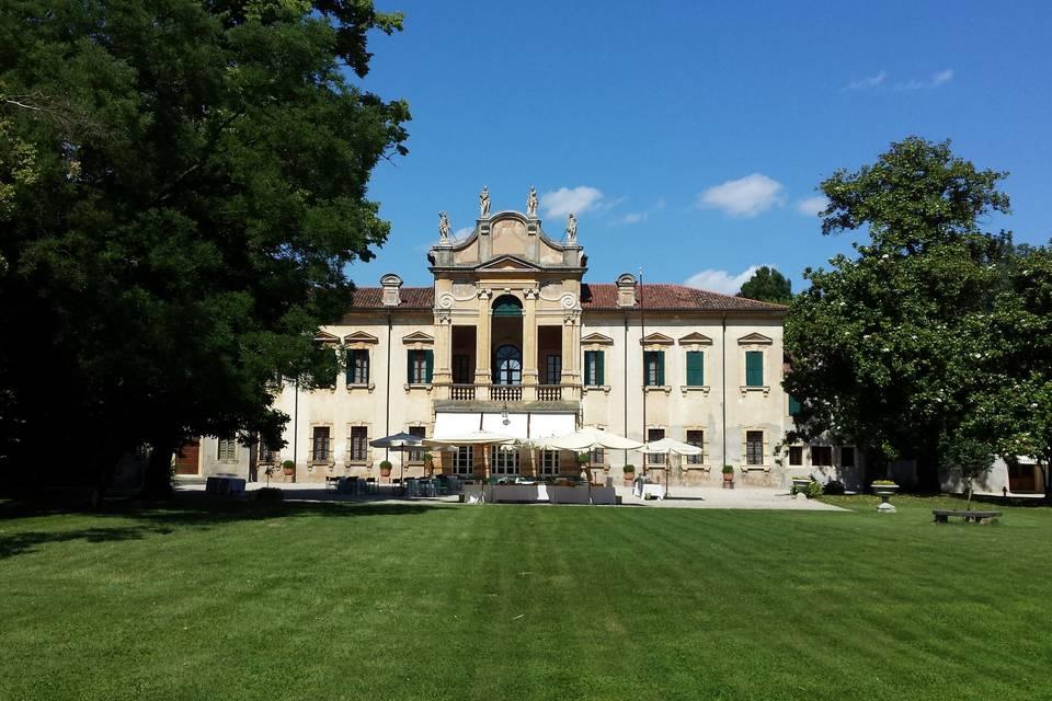 Villa Dionisi