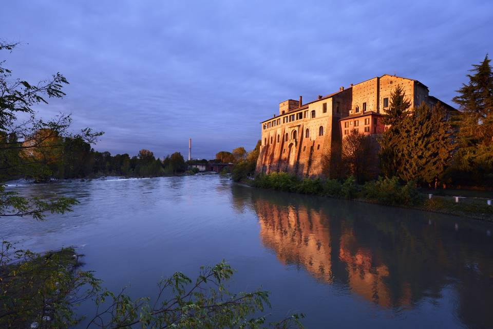 Castello luce alba