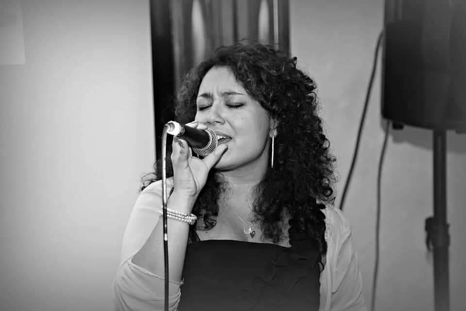 Valentina Live