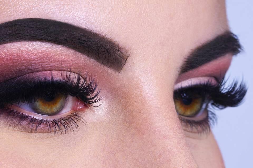 Alisea Bortolomai Makeup Artist
