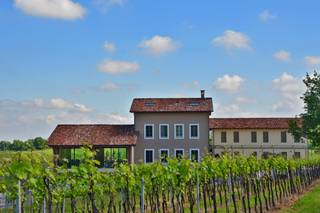 Prime Alture Wine Resort