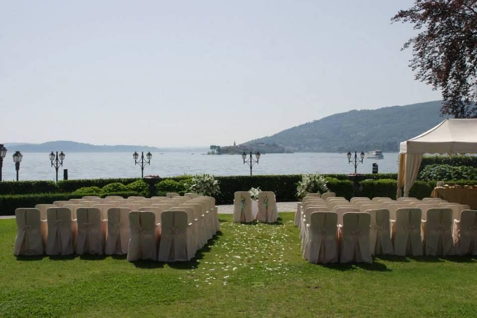 Celebrante sul Lago Maggiore