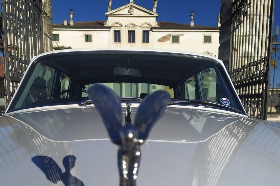 Noleggio Rolls Royce e Jaguar