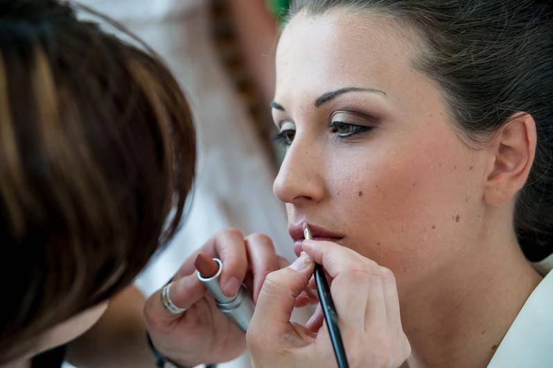 Anto Make-Up