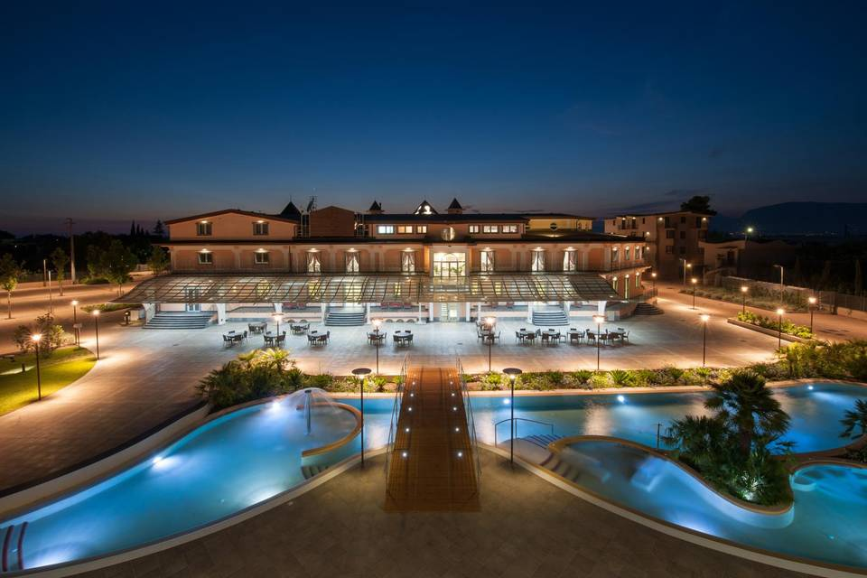 L'Araba Fenice Wedding Hotel