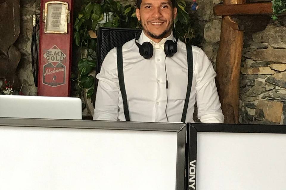 Amine DJ