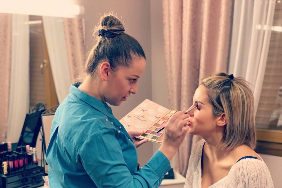 Catherina Make-up Artist