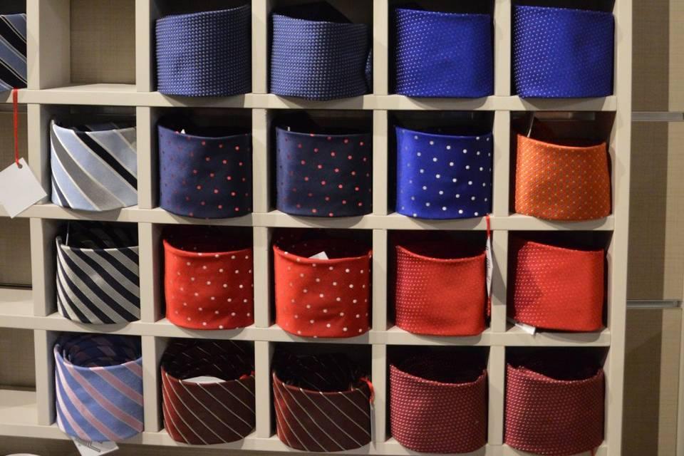 Le cravatte sono tutte confezi