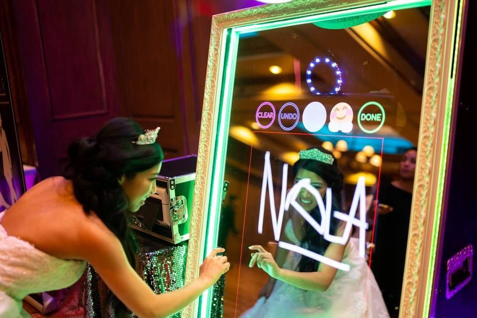 Specchio Social Photobooth di MaraAnimazione